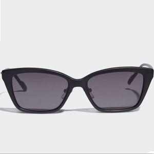 Adidas AOK008 sunnies Black